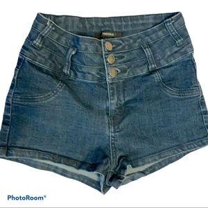 Forever 21 size small denim shorts. EUC